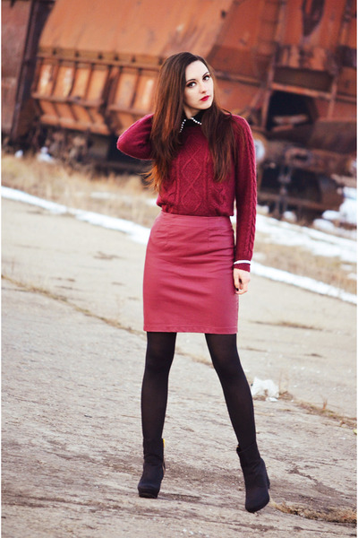 brick red H&M skirt - brick red H&M sweater