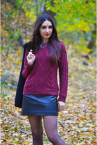 crimson knitted H&M sweater - H&M necklace - black faux leather c&a skirt