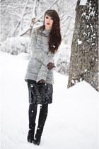 black H&M bag - gray H&M jumper
