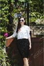 White-h-m-shirt-black-front-row-shop-skirt-black-zara-heels