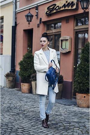 blue PERSUNMALL bag - ivory Oasapcom coat - light blue Stradivarius jeans