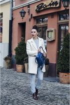 blue PERSUNMALL bag - ivory Oasapcom coat - light blue Stradivarius jeans
