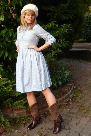 Alice in Gingham