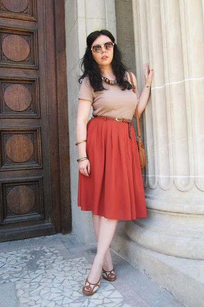 tawny skirt