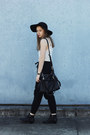 Black-lipstik-boots-black-mimi-and-flo-hat-black-oasap-bag