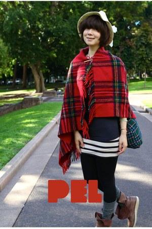 red Beams Boy cape - ivory girly straw hat H&M hat - black leggings H&M leggings