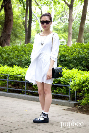The White Pepper dress - The White Pepper shoes - vintage chanel bag