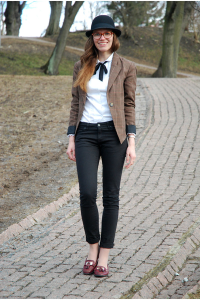 black lindex jeans - black bowler lindex hat - brown plaid Vila blazer