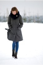 charcoal gray angelo carutti boots - heather gray H&M coat