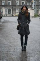 charcoal gray H&M coat - heather gray angelo carutti boots