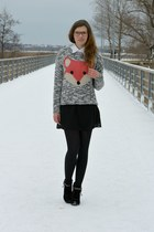 heather gray fox Bershka sweater - black Tamaris boots