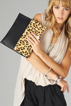 PUBLIK purse