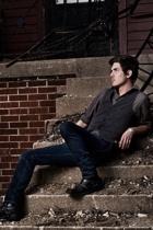 Express shirt - Forever21 vest - Levis jeans - Steve Madden boots
