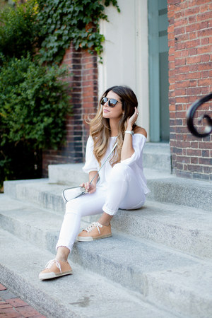 white denim Reiss jeans - white Loft top