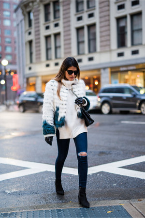 faux fur Glamorous jacket - ripped Topshop jeans