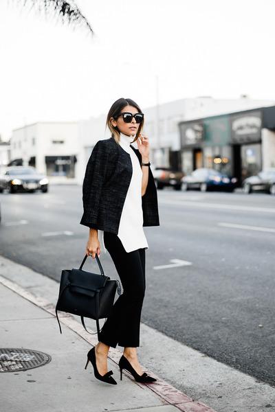 white sleeveless ann taylor sweater