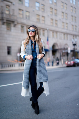 heather gray knit Forever 21 scarf