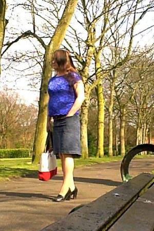 blue Pecocks top - navy Levis Silvertab skirt - black next heels