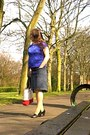 Blue-pecocks-top-navy-levis-silvertab-skirt-black-next-heels