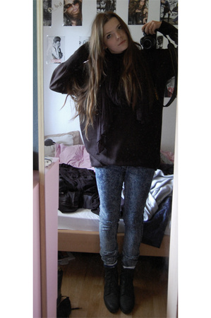 Cheap Monday jeans - H&M shirt