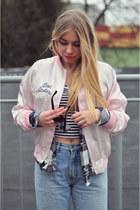 neutral jacket - jeans