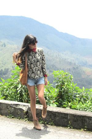 kiyomi blouse - Vélez bag - Americanino shorts