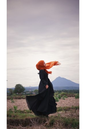 black unbrand Black dress dress - tawny unbrand Bata pashmina scarf