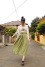 Olive-green-vintage-skirt-dark-brown-marie-claire-shoes-beige-moms-vest