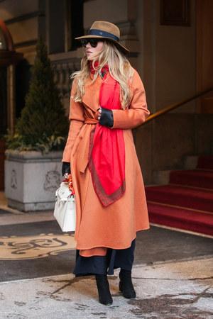 red Hermes scarf