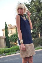 gold cuff f21 bracelet - navy dropwaist thrift dress