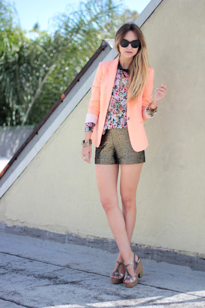 peach cotton Zara blazer - cotton diane von fustenberg shorts