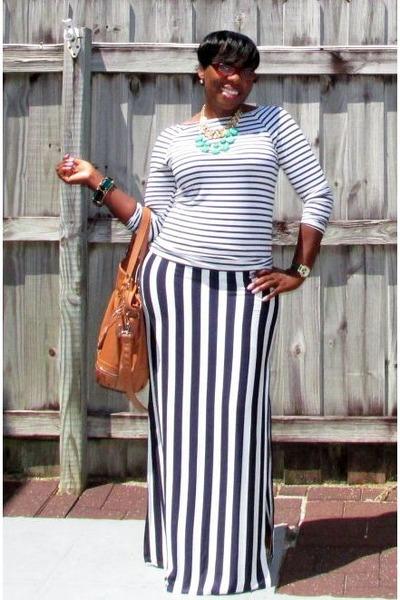 navy rue21 skirt