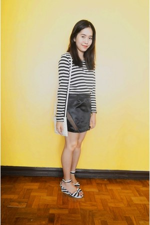 white H&M shirt - black Metanoia skirt - white ichigo wedges