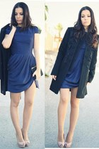 blue Daluna dress - black hoss intropia coat - black vintage bag