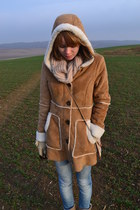 camel H&M coat - eggshell cotton scarf - brown lindex sunglasses