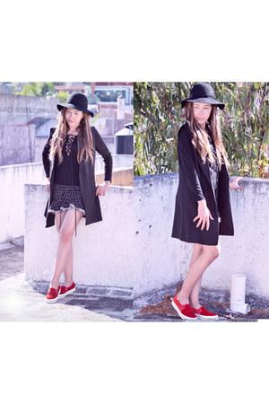 black lace romwe top - black romwe vest - black tweed romwe skirt