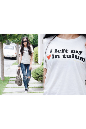 white tulum Spiritual Gangster t-shirt