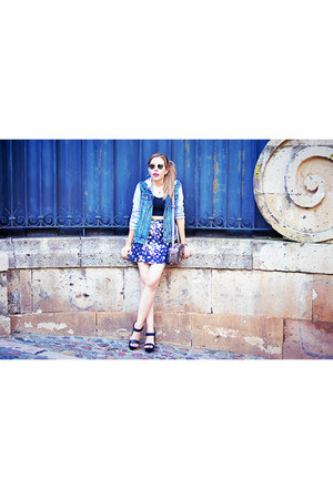 blue floral Chicwish skirt