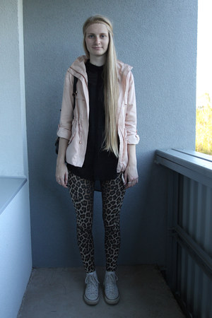 lindex blouse - dusty pink Bershka jacket - leopard print TK Maxx leggings