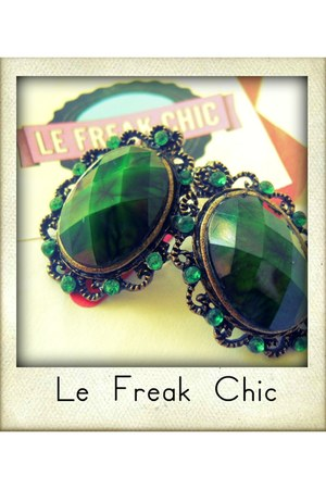 green stones Le Frak Chic earrings