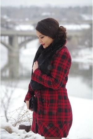 black faux fur accessories