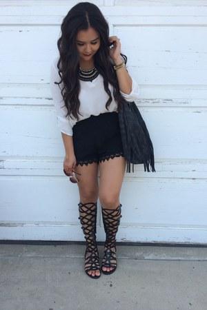 black shoes - black bag - black shorts