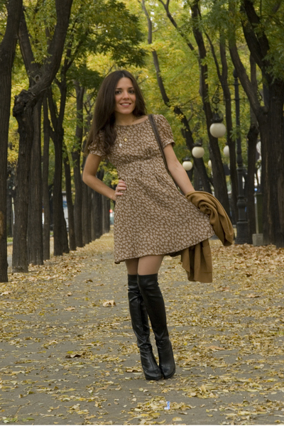 brown vintage jacket - black Bimba & Lola boots