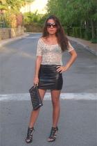 Urban Outfitters skirt - Zara shoes - hazel purse - vintage top - Zara sunglasse