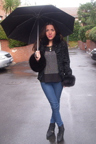 black christian dior coat - black Zara boots - black H&M t-shirt - blue Urban Ou