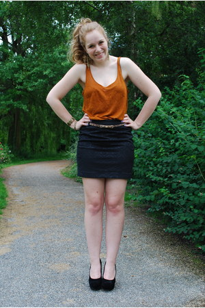 brown-gold H&M top - pencil skirt Sting skirt - black velvet H&M heels