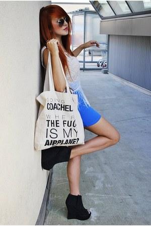black deezee wedges - white H&M shirt - ivory Misbhv bag - blue Bershka skirt