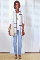 charcoal gray shoes - sky blue jeans - off white sweater - off white scarf