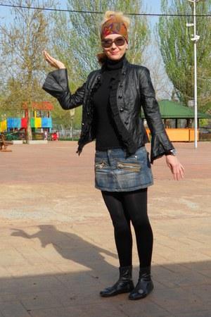 charcoal gray shiny Mia boots - black Happening jacket