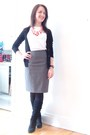 Black-suede-aldo-boots-heather-gray-pencil-skirt-jacob-skirt